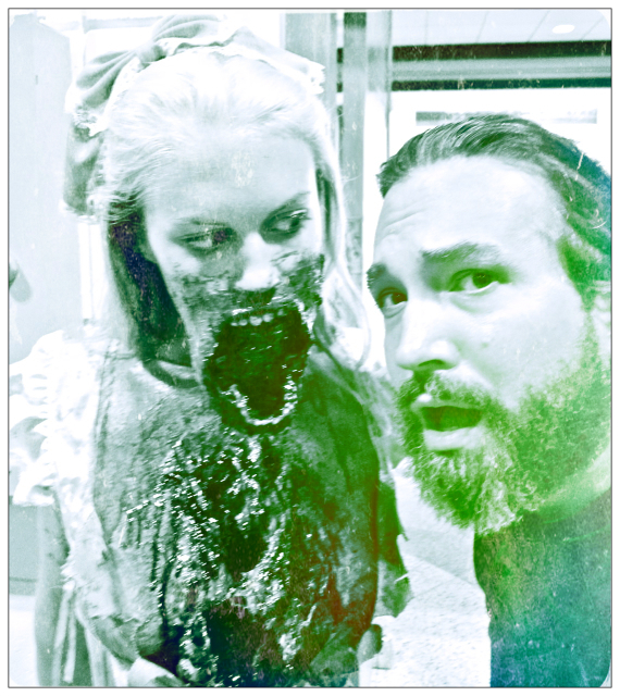 Florida Tampa Bay Comic Con - The zombie, zombie copy