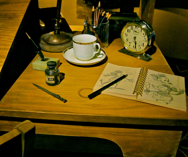Optivion Disney's Desk