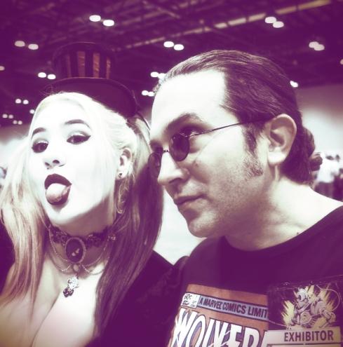 Optivion - Harleyquinn cosplay megacon